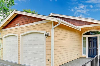 Vinyl Siding Services |  Hicks Roofing and Constructions